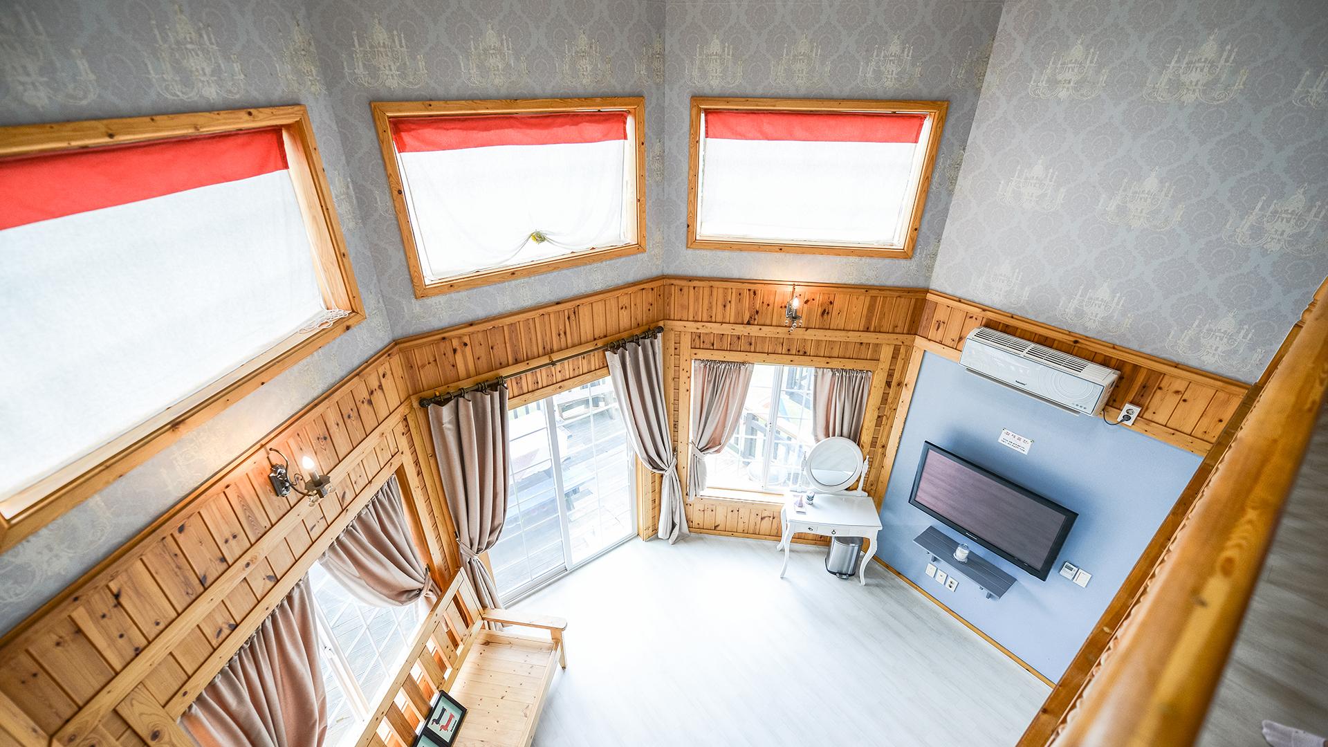 203 복층3베드실 12번째 객실사진
